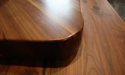 <strong>Natural Walnut</strong><br />Top: Satin/Bottom: Flat
