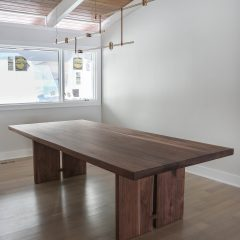 Gryn - Dana, Deerfield, 48x108, Dana Ped, walnut, extra thick top, no apron, min distress, natural wavy edge, natural, flat