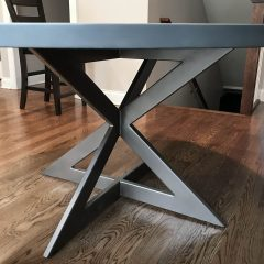 Round Connected-X Metal Base Table